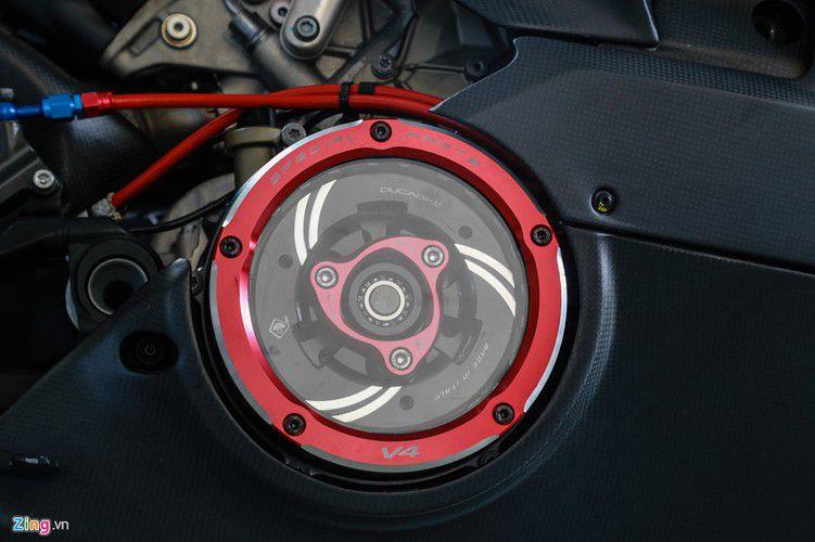 Dan choi Sai Gon chi 800 trieu do Ducati V4 S thanh V4 R-Hinh-5