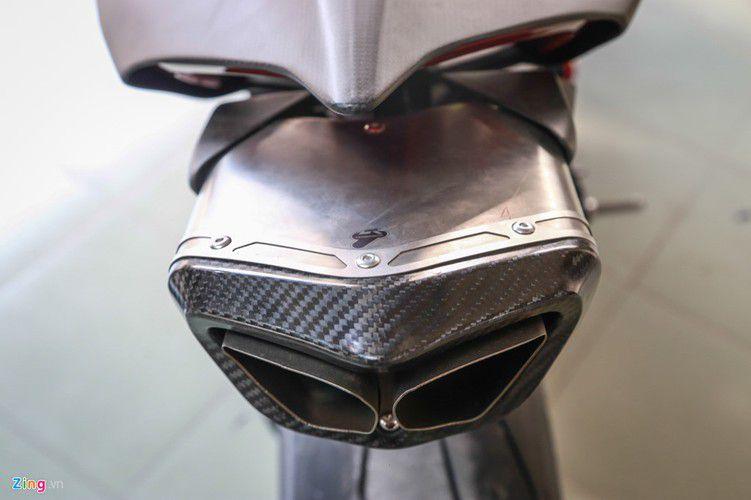 Dan choi Sai Gon chi 800 trieu do Ducati V4 S thanh V4 R-Hinh-8