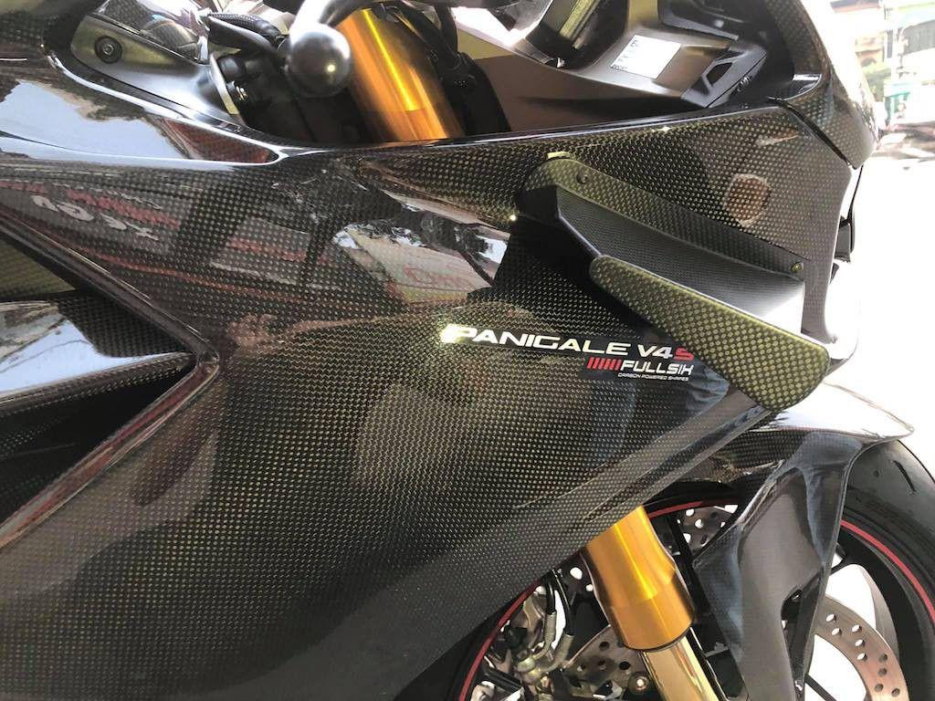 Biker Hà Nội chi hơn 400 triệu độ superbike Ducati Panigale V4 S ảnh 3